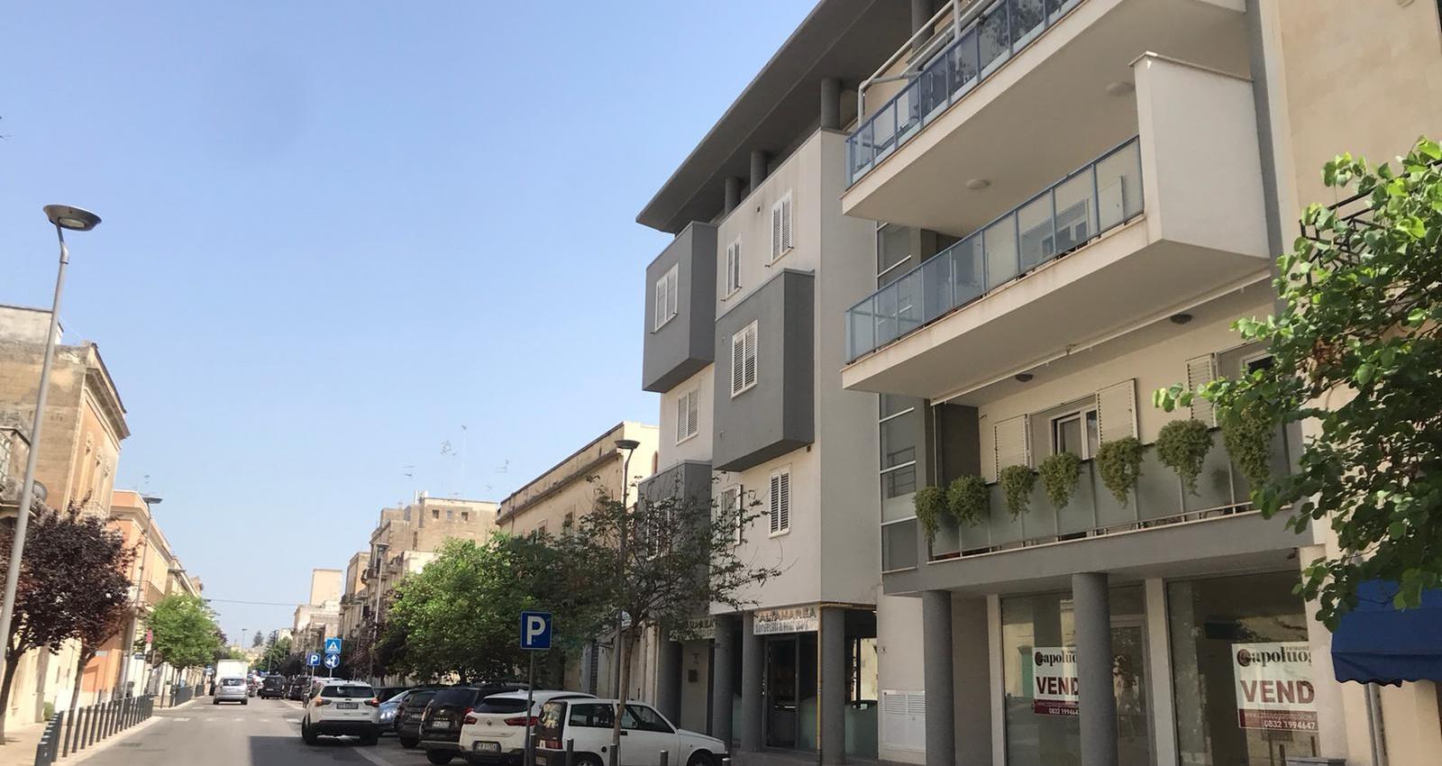1 Stanze, Locale Commerciale, Vendita, Via di Leuca, ID Elenco 2355, Lecce, Puglia,